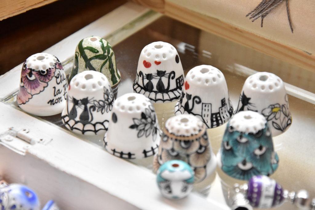 Antiche Fuseruole: ditali in ceramica di Deruta