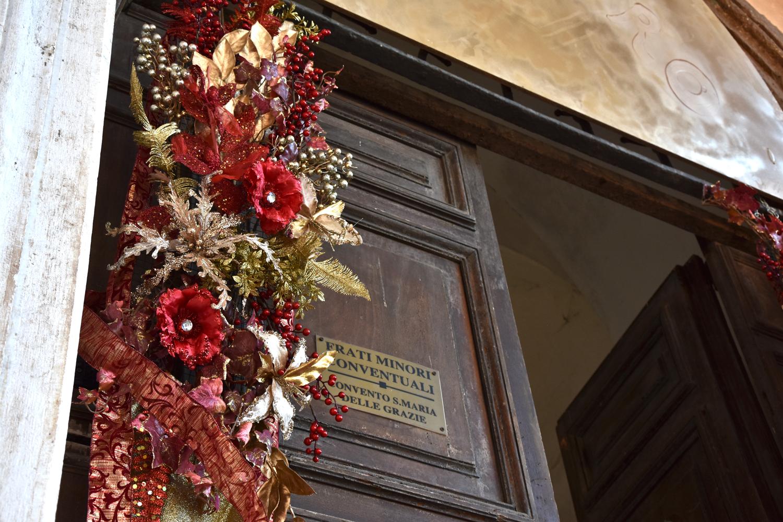 L'ingresso_Dettaglio decorazioni
